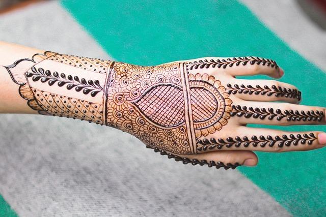Pakistani mehndi design (1)